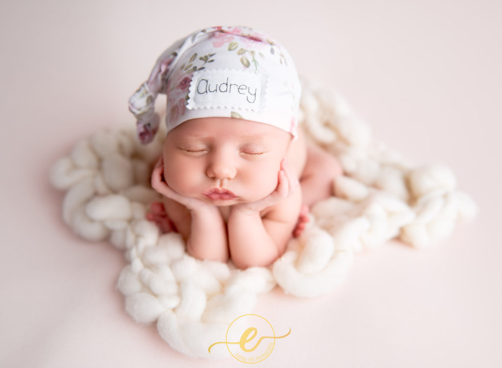 Easley-life-photography-conway-ar-photographer-newborn-baby-girl